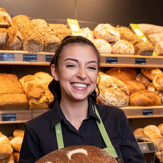 Auszubildende Bäckerin